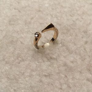 Jewelry - Size 7 ring